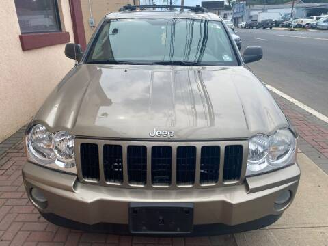 2005 Jeep Grand Cherokee for sale at Auto Legend Inc in Linden NJ