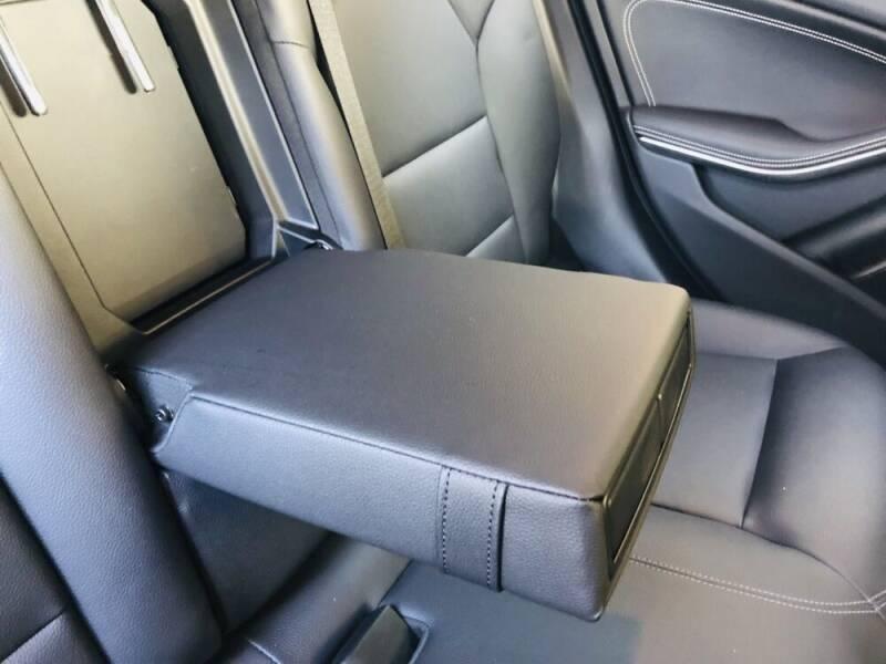 2017 Mercedes-Benz GLA AWD GLA 250 4MATIC 4dr SUV - Davie FL