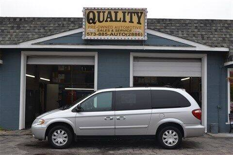 2006 Chrysler Town and Country for sale at Quality Pre-Owned Automotive in Cuba MO