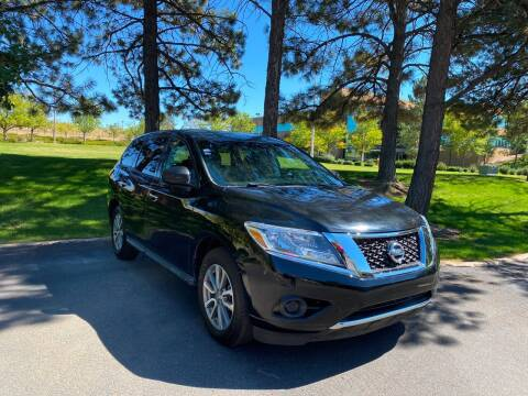 2014 Nissan Pathfinder for sale at QUEST MOTORS in Englewood CO