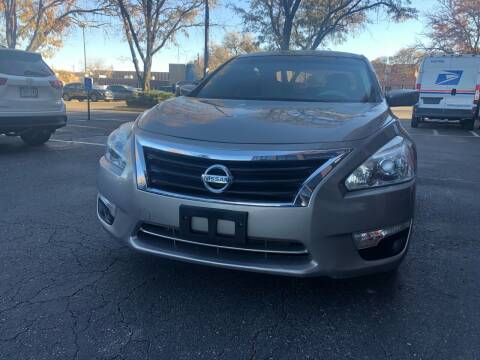 2014 Nissan Altima for sale at Modern Auto in Denver CO