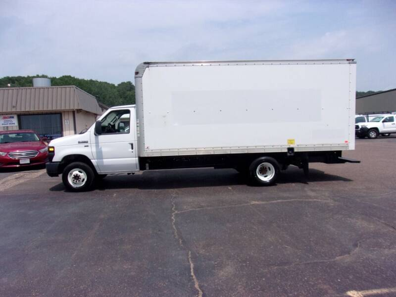 2013 Ford E-Series Chassis for sale at Welkes Auto Sales & Service in Eau Claire WI
