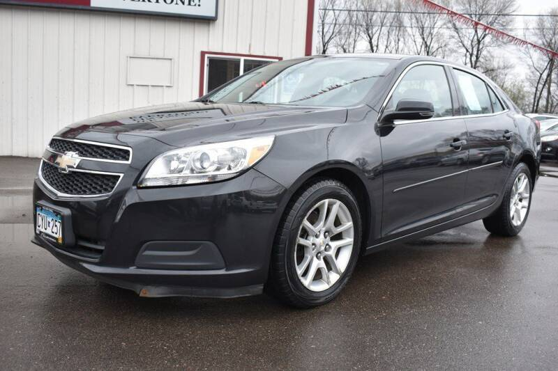 2013 Chevrolet Malibu for sale at Dealswithwheels in Inver Grove Heights/Hastings MN