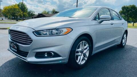 2013 Ford Fusion for sale at TOP YIN MOTORS in Mount Prospect IL