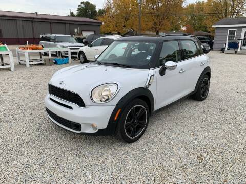 2011 MINI Cooper Countryman for sale at Davidson Auto Deals in Syracuse IN