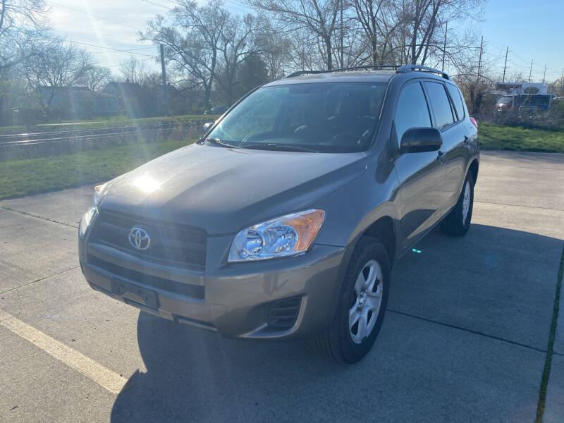 2012 Toyota RAV4 for sale at Mr. Auto in Hamilton OH