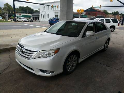 2011 Toyota Avalon for sale at ROBINSON AUTO BROKERS in Dallas NC