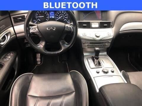 2017 Infiniti Q70L for sale at Empire Car Sales in Miami FL