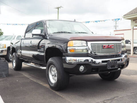 2007 GMC Sierra 2500HD Classic for sale at Messick's Auto Sales in Salisbury MD