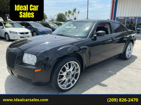 2008 Chrysler 300 for sale at Ideal Car Sales in Los Banos CA