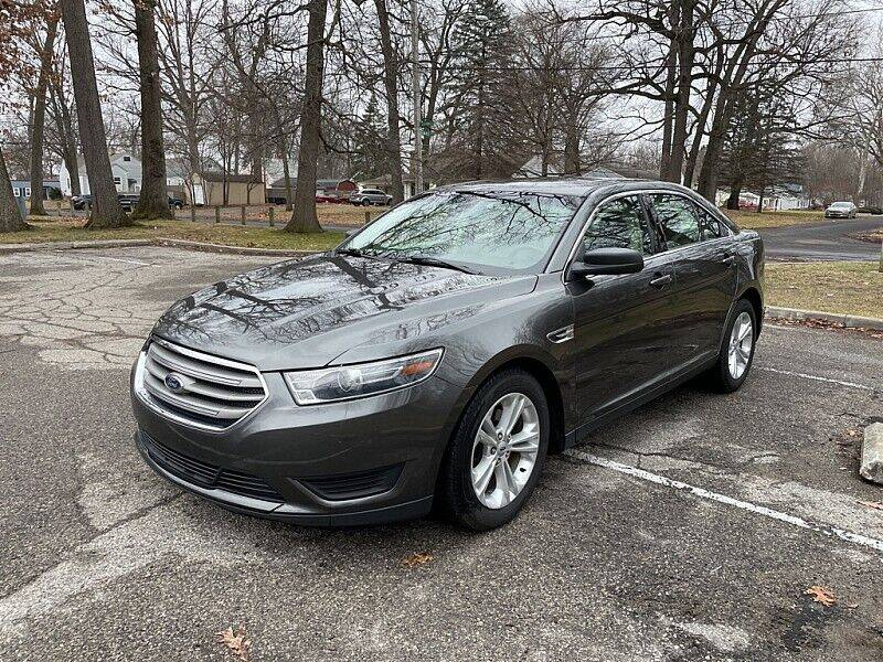 2018 Ford Taurus for sale at CItywide Auto Credit in Oregon OH
