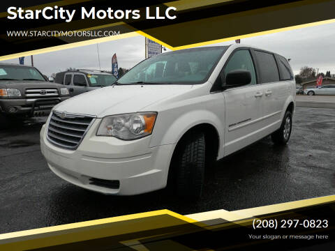 2009 Chrysler Town and Country for sale at StarCity Motors LLC in Garden City ID