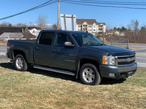2007 Chevrolet Silverado 1500 for sale at Saratoga Motors in Gansevoort NY