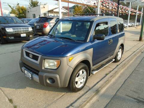 2003 Honda Element for sale at Car Center in Chicago IL