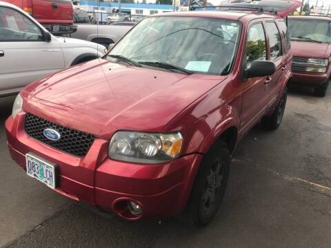 2006 Ford Escape for sale at Chuck Wise Motors in Portland OR