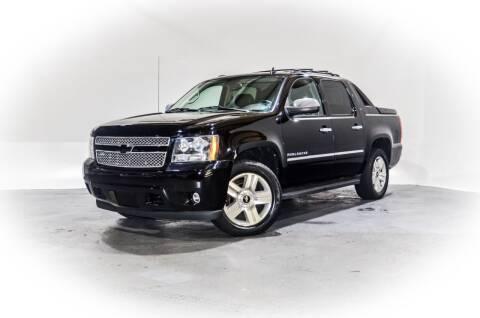 2011 Chevrolet Avalanche for sale at CarXoom in Marietta GA