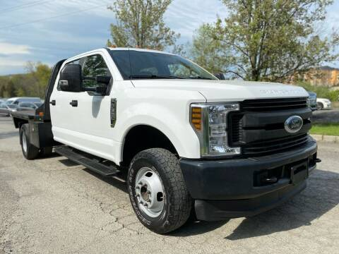 2018 Ford F-350 Super Duty for sale at HERSHEY'S AUTO INC. in Monroe NY