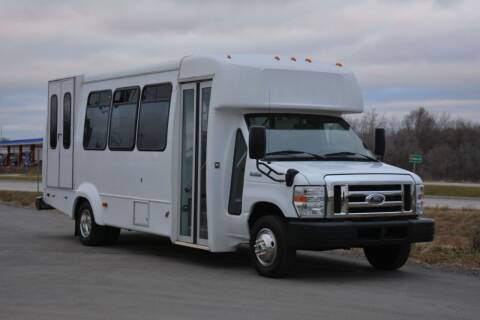 2015 Ford E-450 for sale at Signature Truck Center in Lake Village IN