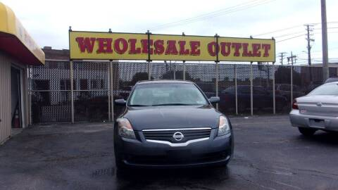 2009 Nissan Altima for sale at LONG BROTHERS CAR COMPANY in Cleveland OH