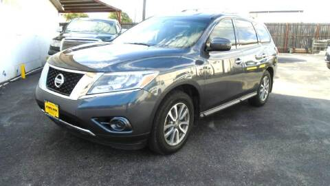 2013 Nissan Pathfinder for sale at Metroplex Motors Inc. in Houston TX