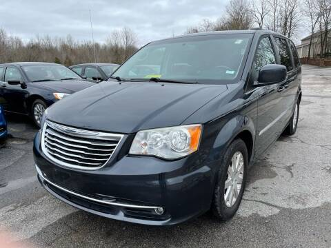 2013 Chrysler Town and Country for sale at Best Buy Auto Sales in Murphysboro IL