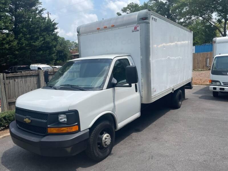 2014 Chevrolet Express Cutaway for sale at RC Auto Brokers, LLC in Marietta GA
