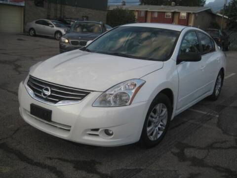2012 Nissan Altima for sale at ELITE AUTOMOTIVE in Euclid OH