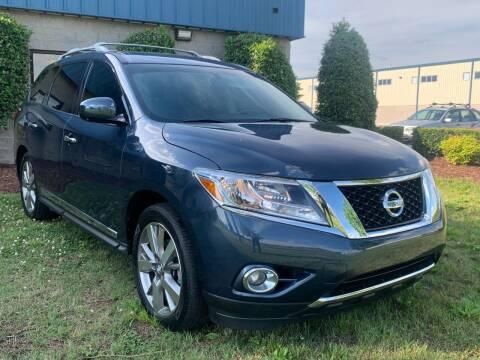 2013 Nissan Pathfinder for sale at Essen Motor Company, Inc in Lebanon TN