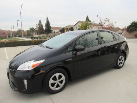2015 Toyota Prius for sale at 2Win Auto Sales Inc in Oakdale CA