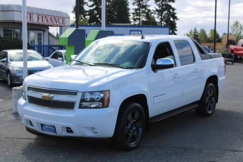 2010 Chevrolet Avalanche for sale at BAYSIDE AUTO SALES in Everett WA