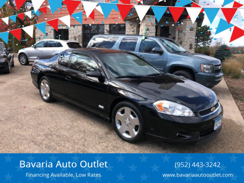 2006 Chevrolet Monte Carlo for sale at Bavaria Auto Outlet in Victoria MN