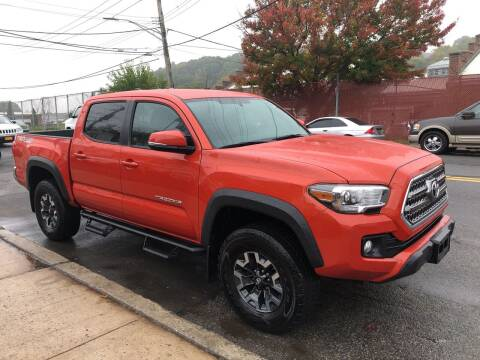 2017 Toyota Tacoma for sale at Deleon Mich Auto Sales in Yonkers NY