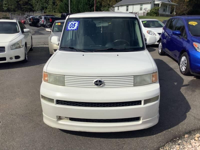 2004 Scion xB for sale at Moose Motors in Morganton NC