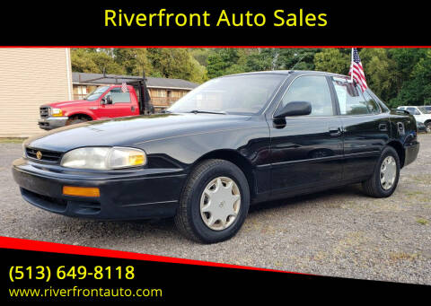 1996 Toyota Camry for sale at Riverfront Auto Sales in Middletown OH