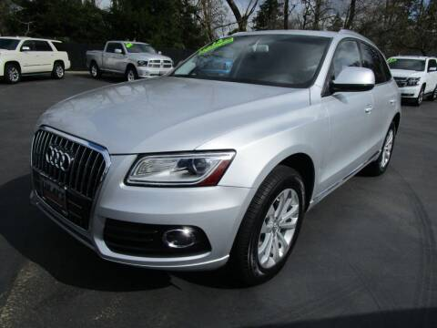 2013 Audi Q5 for sale at LULAY'S CAR CONNECTION in Salem OR