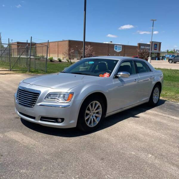 2012 Chrysler 300 for sale at Smart Buy Auto in Bradley IL