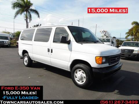 2006 Ford E-350 for sale at Town Cars Auto Sales in West Palm Beach FL
