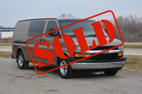 2003 Chevrolet Express Cargo for sale at Signature Truck Center in Crystal Lake IL