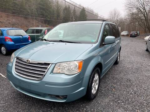 2008 Chrysler Town and Country for sale at JM Auto Sales in Shenandoah PA
