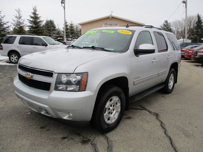 2010 Chevrolet Tahoe for sale at Richfield Car Co in Hubertus WI