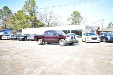 2005 Dodge Dakota for sale at Barrett Auto Sales in North Augusta SC