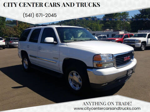 2005 GMC Yukon for sale at City Center Cars and Trucks in Roseburg OR