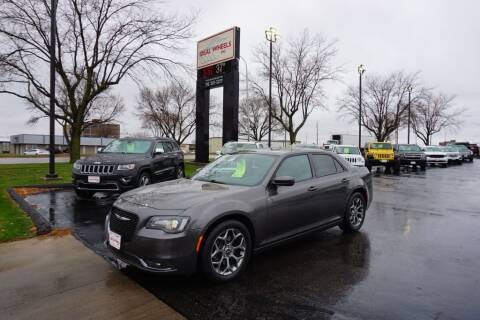 2015 Chrysler 300 for sale at Ideal Wheels in Sioux City IA