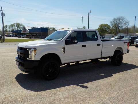 2018 Ford F-250 Super Duty for sale at Young's Motor Company Inc. in Benson NC