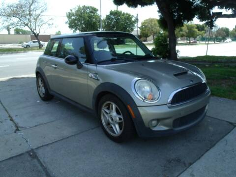 2010 MINI Cooper for sale at Hollywood Auto Brokers in Los Angeles CA
