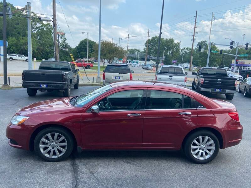2013 Chrysler 200 for sale in Saint Louis, MO