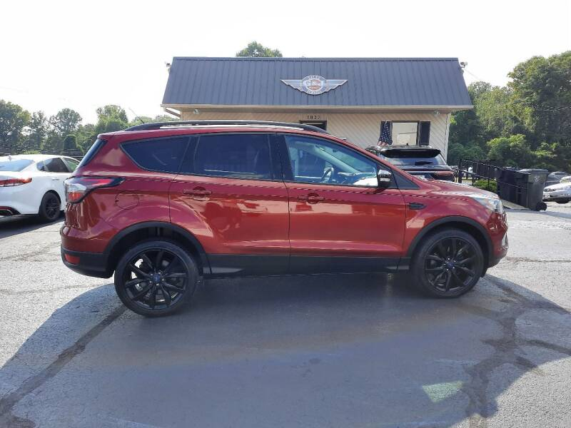 2017 Ford Escape for sale at G AND J MOTORS in Elkin NC