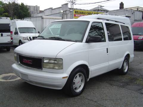 2005 GMC Safari for sale at Reliable Car-N-Care in Staten Island NY
