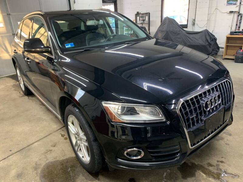2015 Audi Q5 for sale at QUINN'S AUTOMOTIVE in Leominster MA