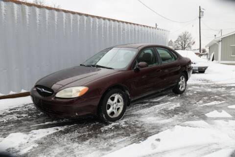2001 Ford Taurus for sale at Queen City Classics in West Chester OH